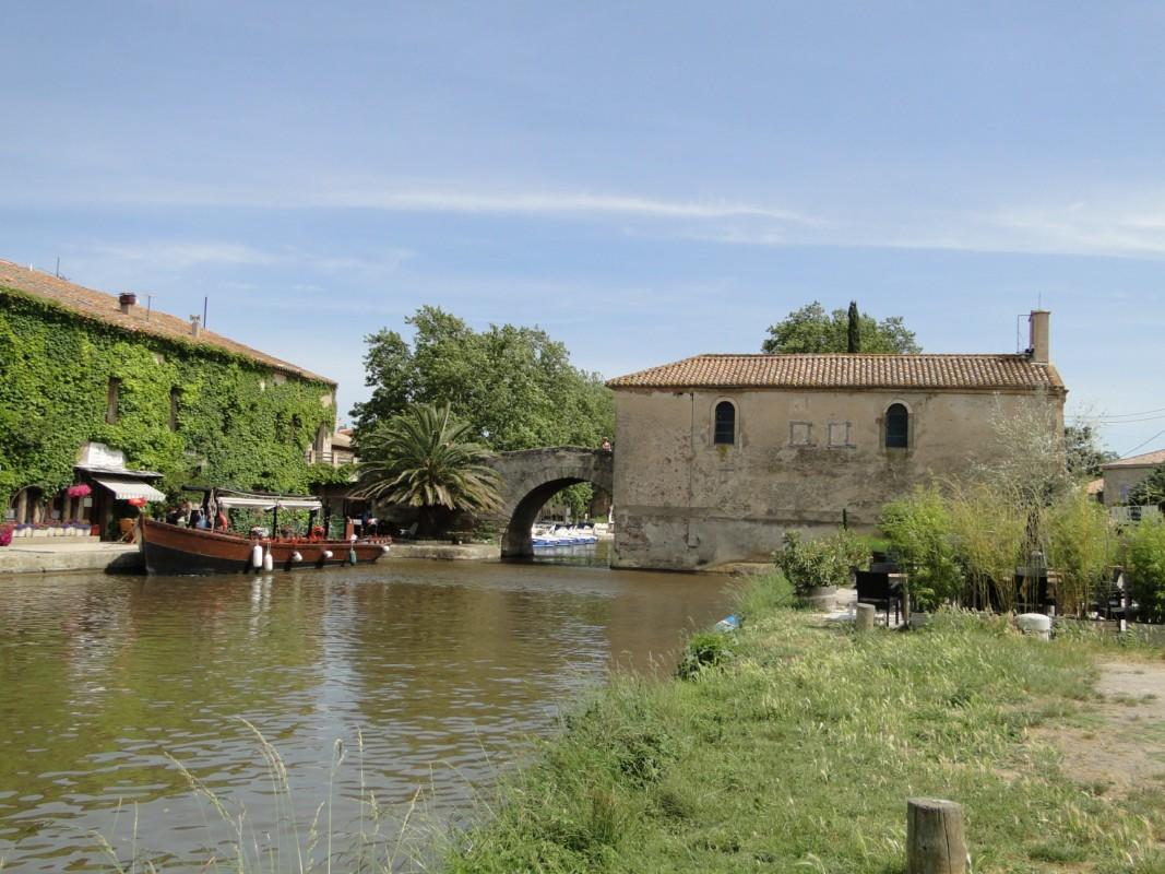 le Sommail, la chapelle et le canal