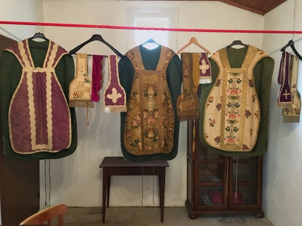 madeleine_chasubles